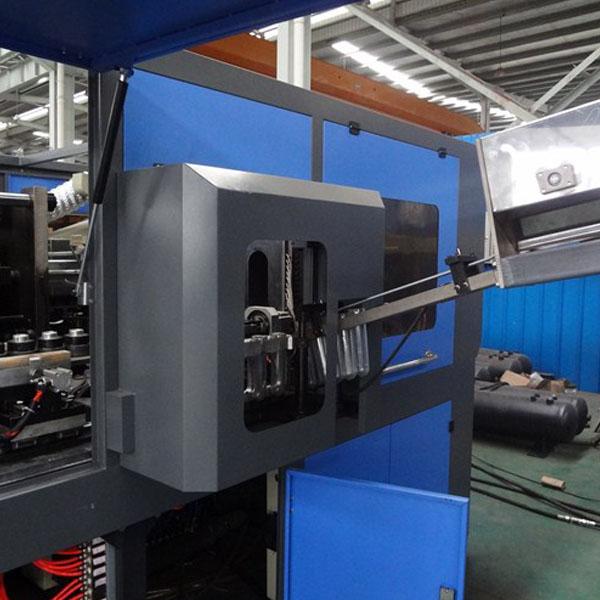 LT2C2L automatic Blow Molding Machine